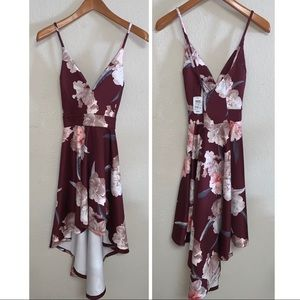 *Nwt* Maroon Floral Windsor Dress